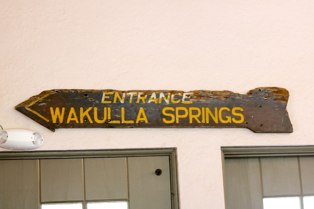 Wakulla Springs Lodge old sign