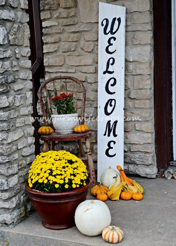 Fall Porch Design welcome sign