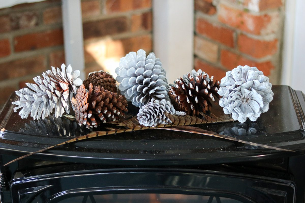 hygge thanksgiving table pinecones