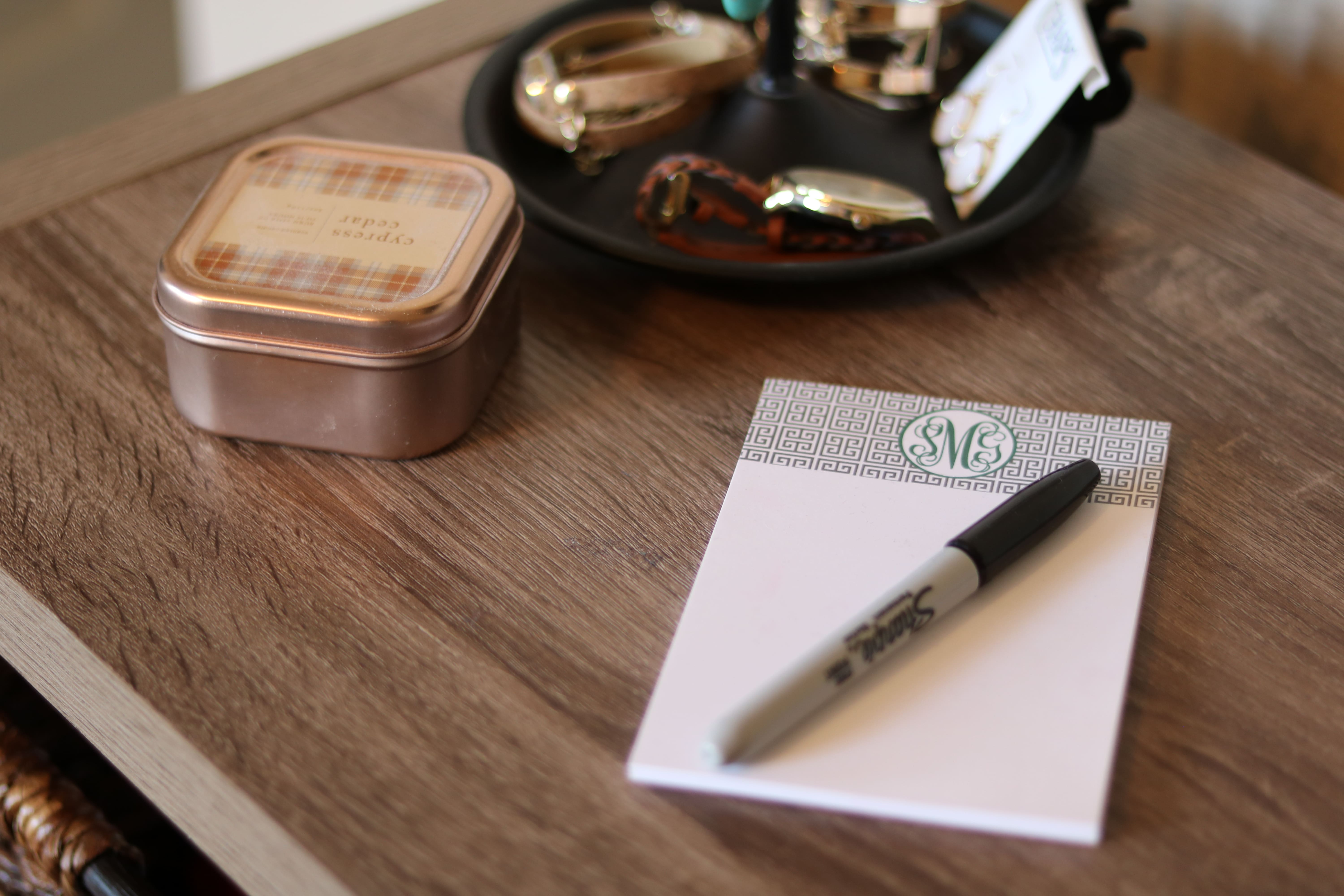 how to organize your home and stay organized by keeping a list