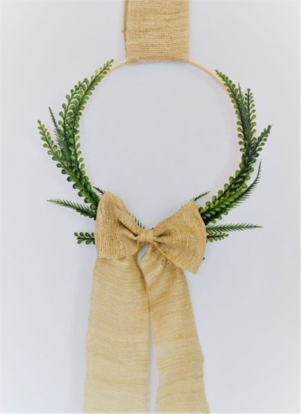 Farmhouse decor burlap bow wreath