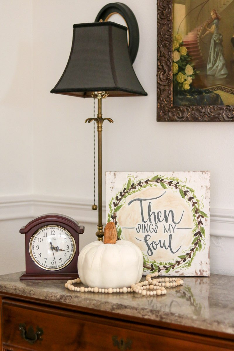 fall home tour velvet pumpkin