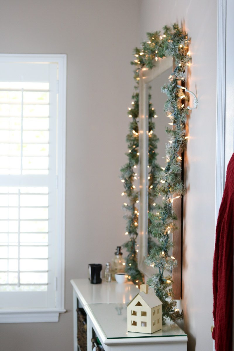 winter wonderland bedroom garland