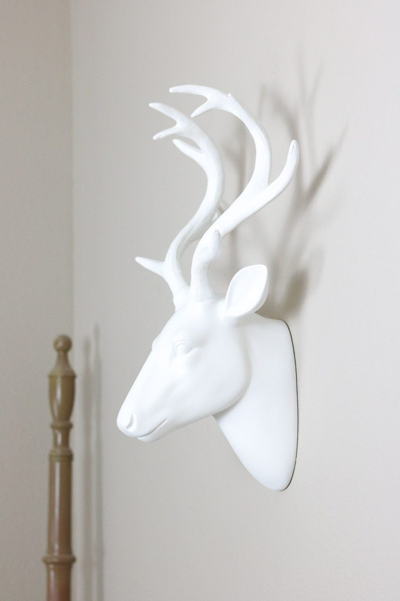 winter wonderland bedroom deer head