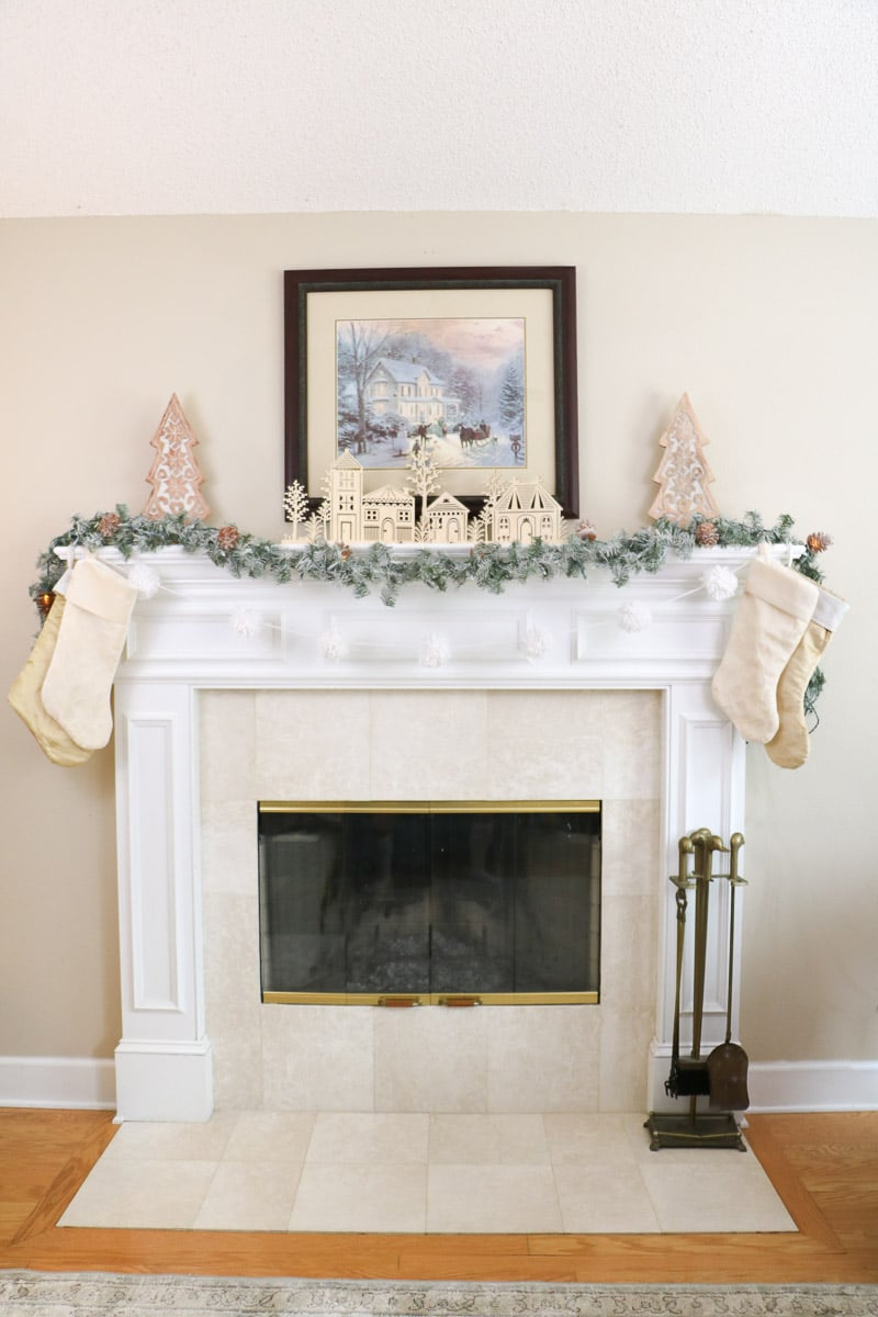 Christmas home tour mantle