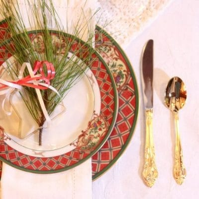 FESTIVE TABLESCAPE IDEA FIT FOR A HOLIDAY FEAST