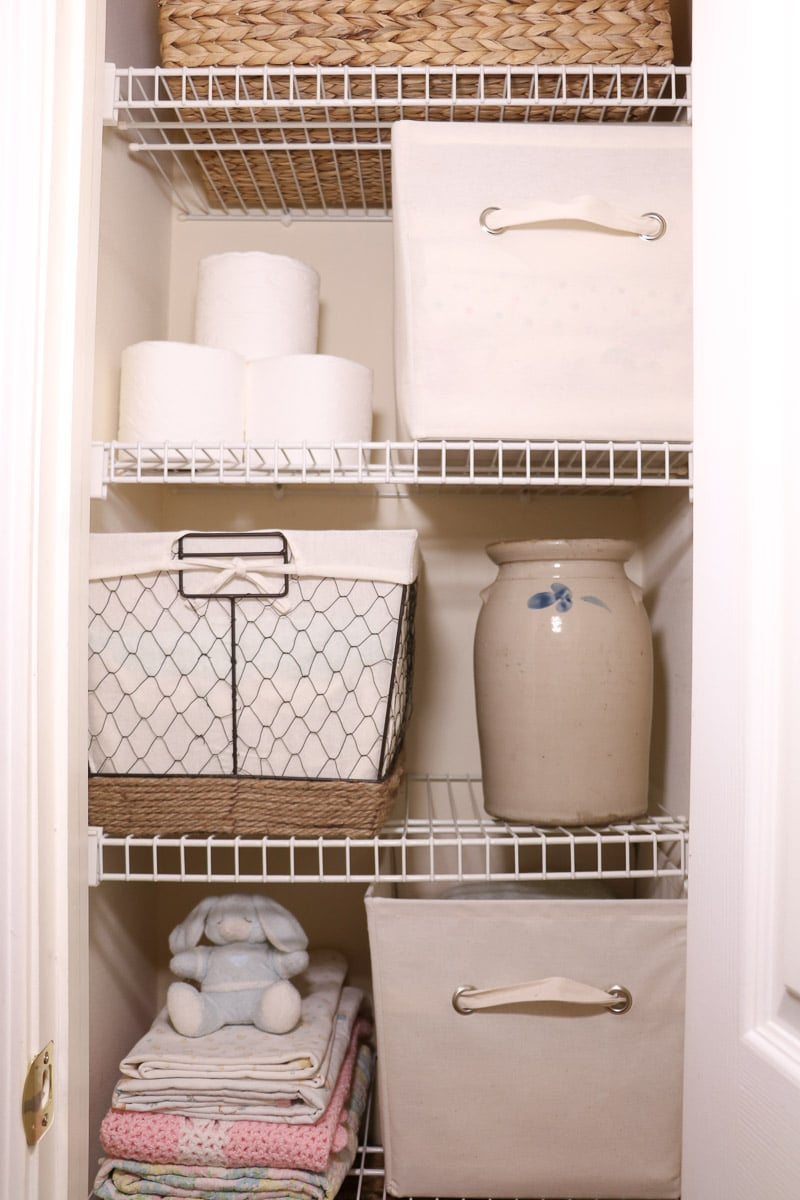 Farmhouse linen closet storage ideas