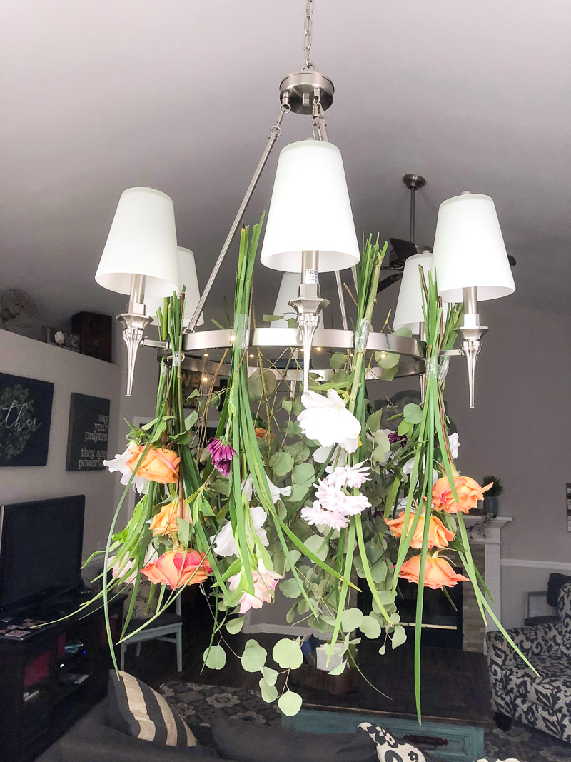 hanging flower meadow arrangement