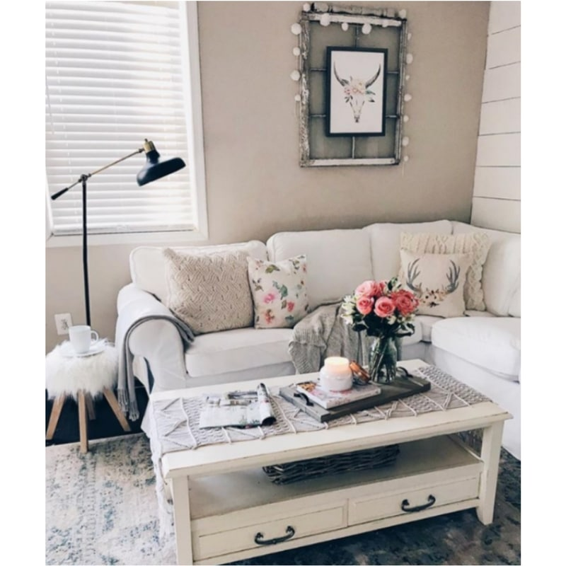 Spring to Your Farmhouse The Glam Farmhouse