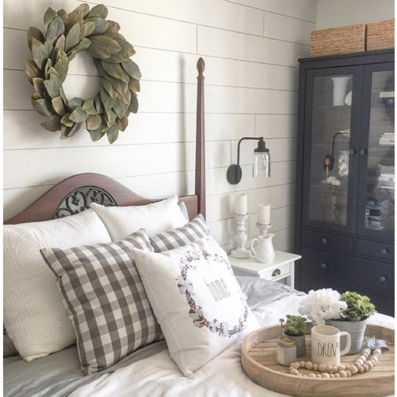 Spring to Your Farmhouse Willow Bloom Home