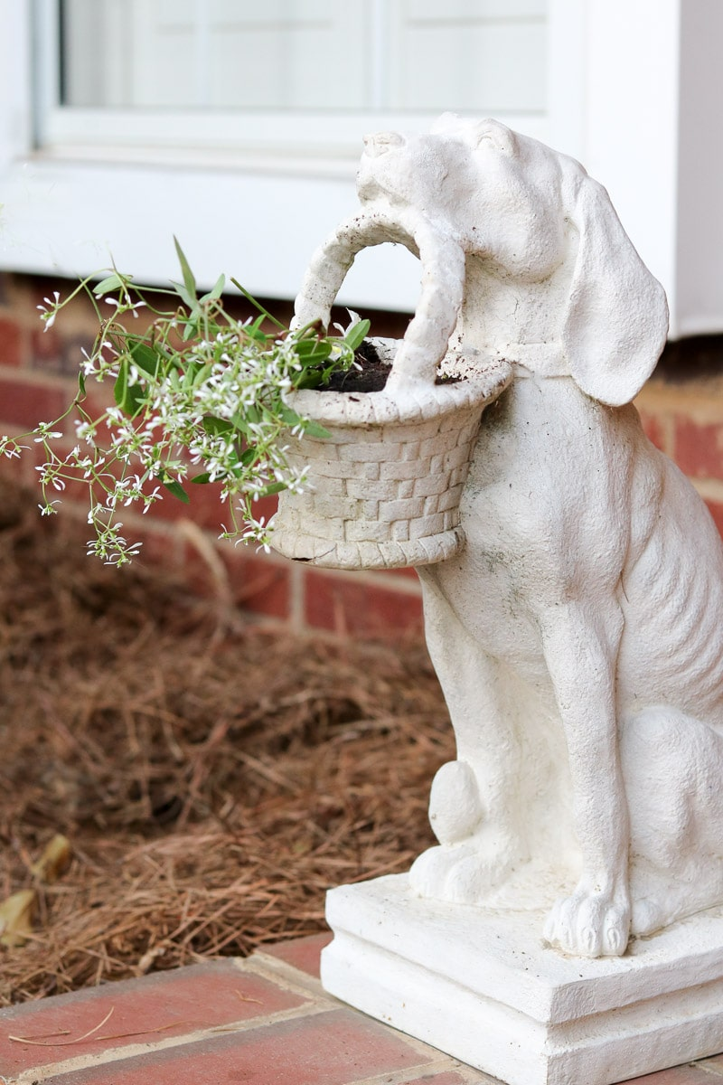 Starving dog statue for small front porch decorating ideas