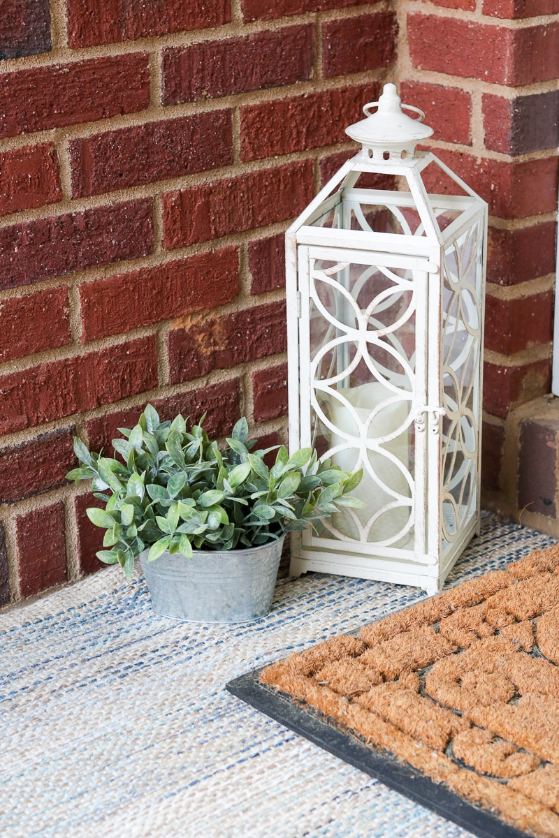 Accessories for small front porch decorating ideas