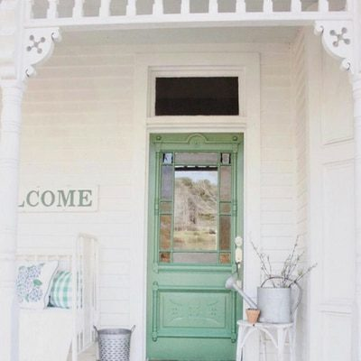 COLORS FOR YOUR MODERN FRONT DOORS THAT WILL GRAB ATTENTION