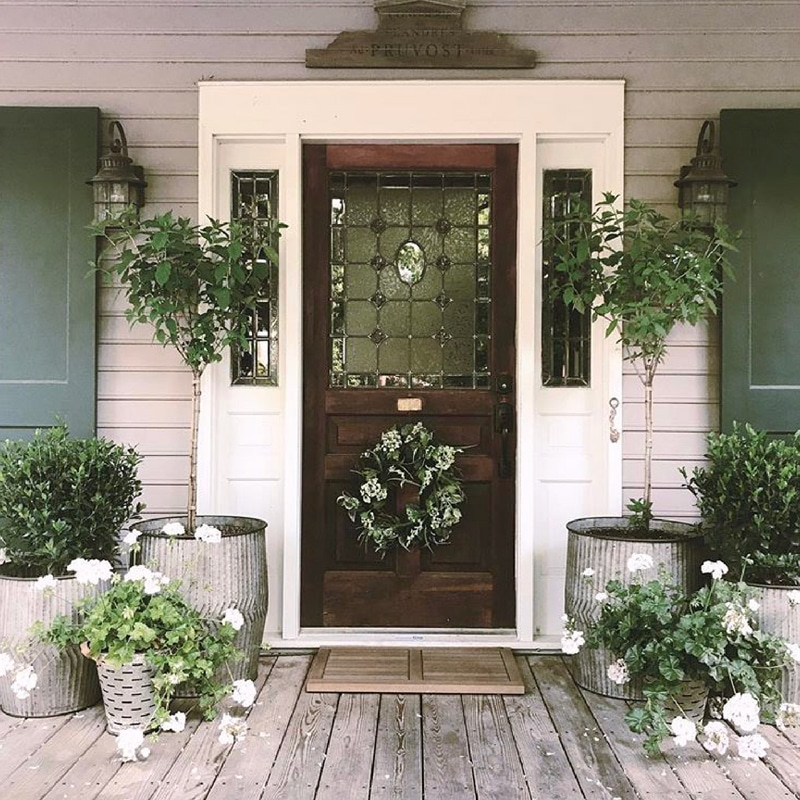Farmhouse Planters Cottage In The Oaks