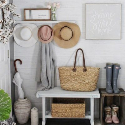 MUDROOM LAUNDRY ROOM THAT'LL MAKE YOU WANT TO KICK OFF YOUR SHOES