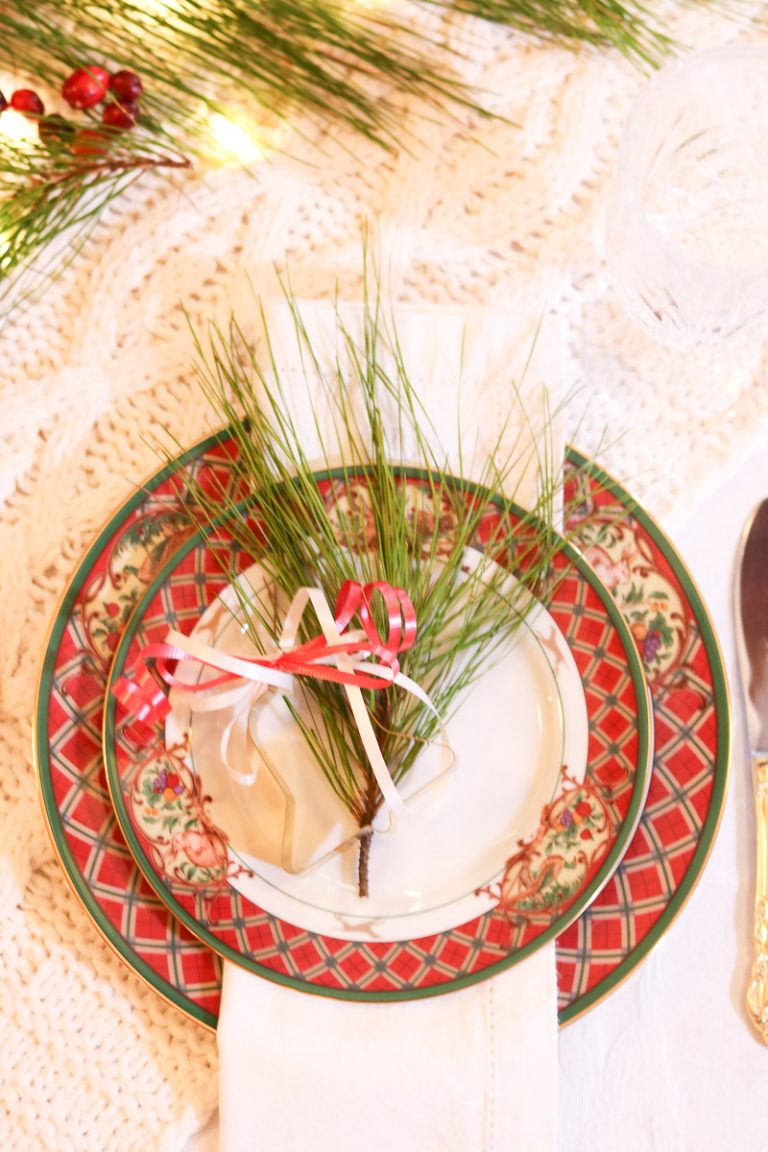 event planning checklist Christmas place setting