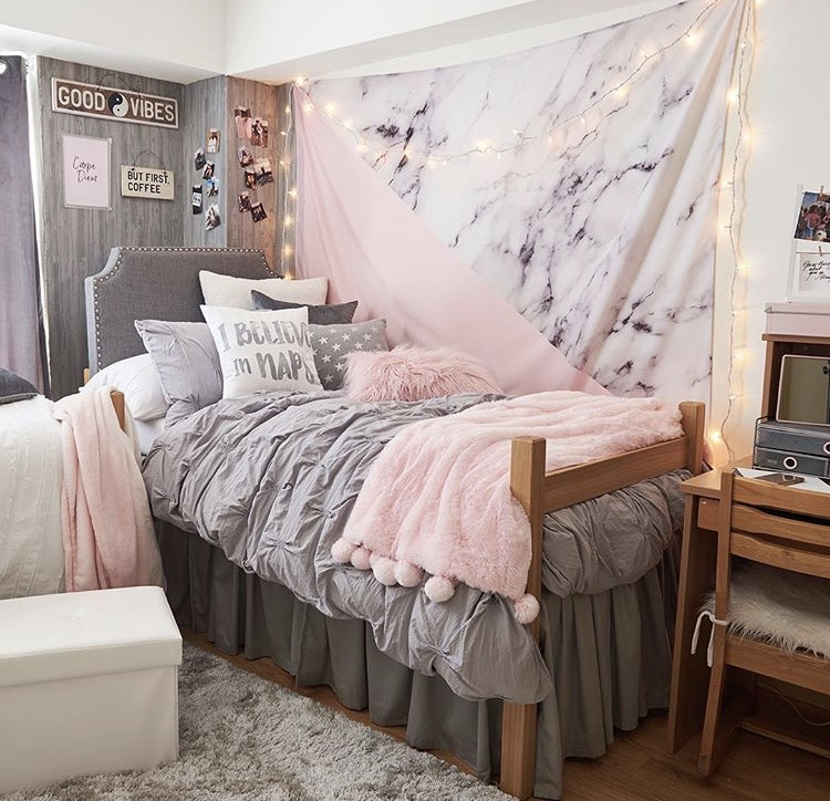 Girly girl college dorm decor ideas - College dorm decorating ideas ...