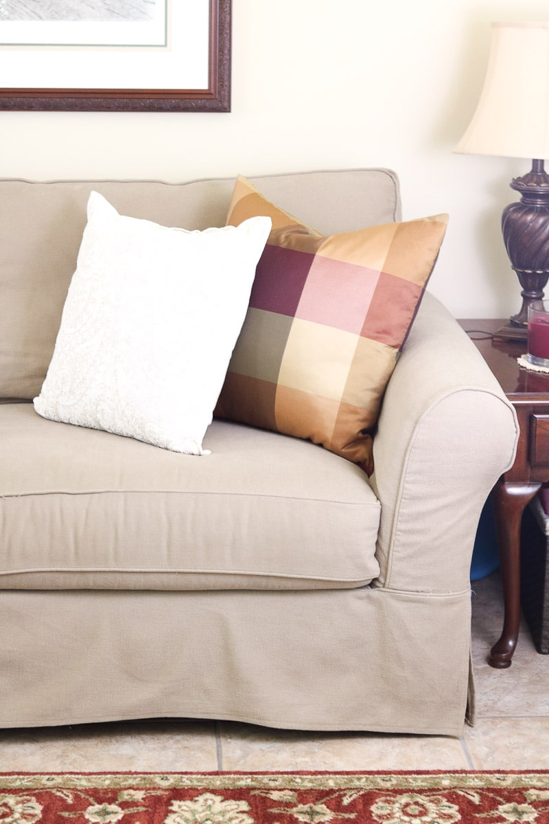 Best Slipcovered Sofas From Pottery Barn Slipcovers To
