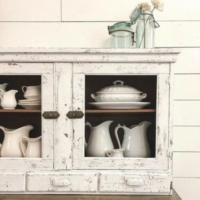 MILK PAINT COLORS MAKE A WORLD OF DIFFERENCE ON TIRED FURNITURE
