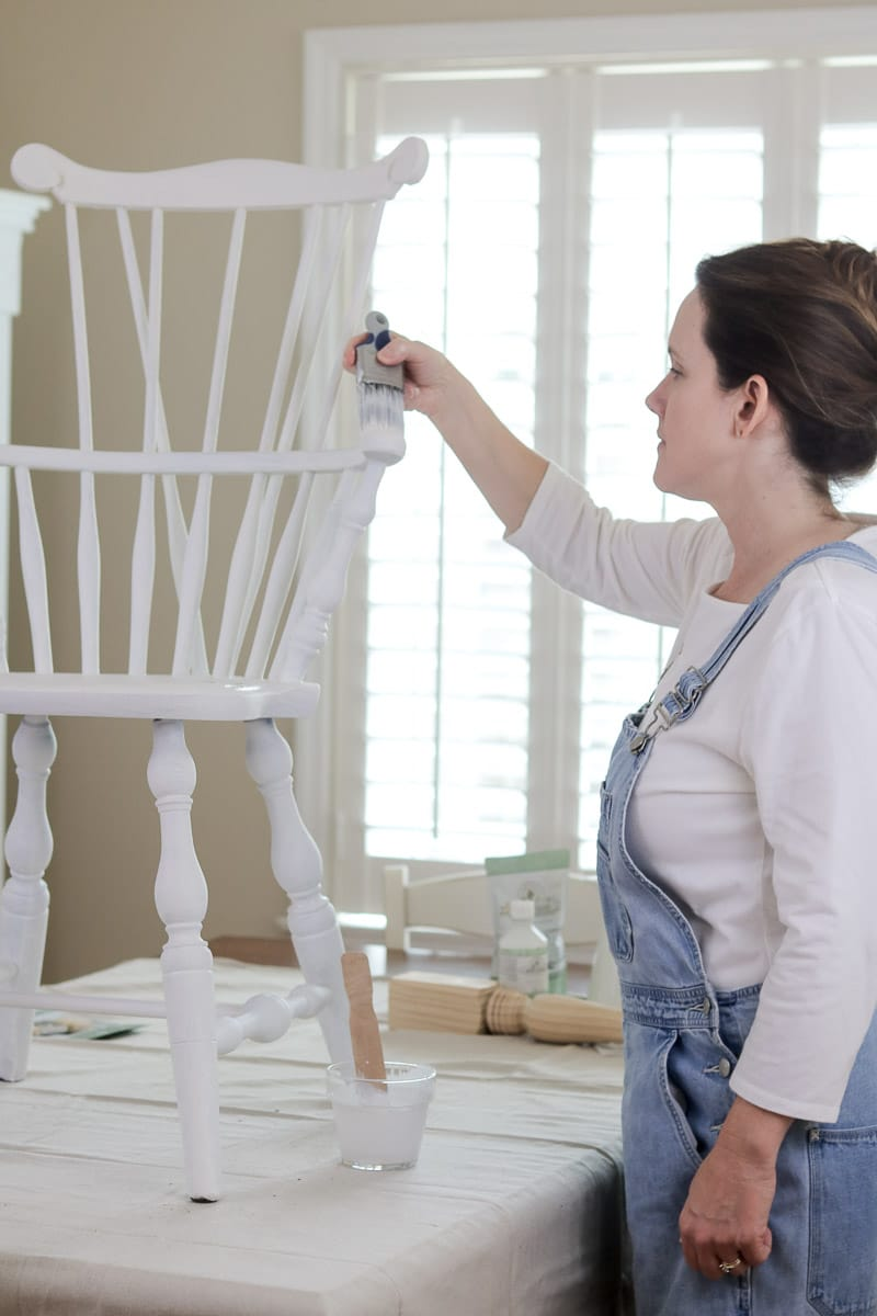 How to paint with milk paint on a windsor chair in the color ironstone