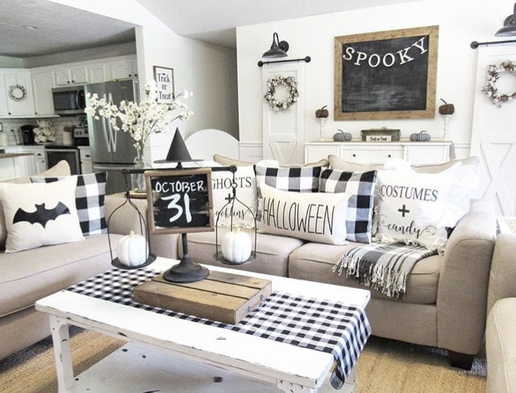 Country Halloween Decor from Our Cozy Cottage Black & White