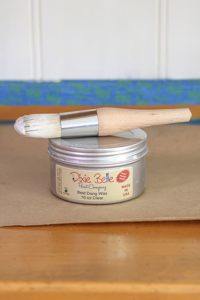 How to paint with chalk paint. Dixie Bell wax