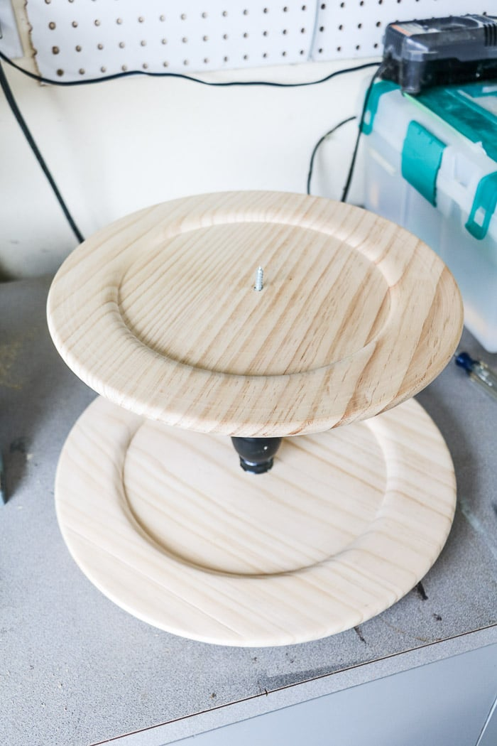 How to make a tiered tray showing the screw coming through the plate