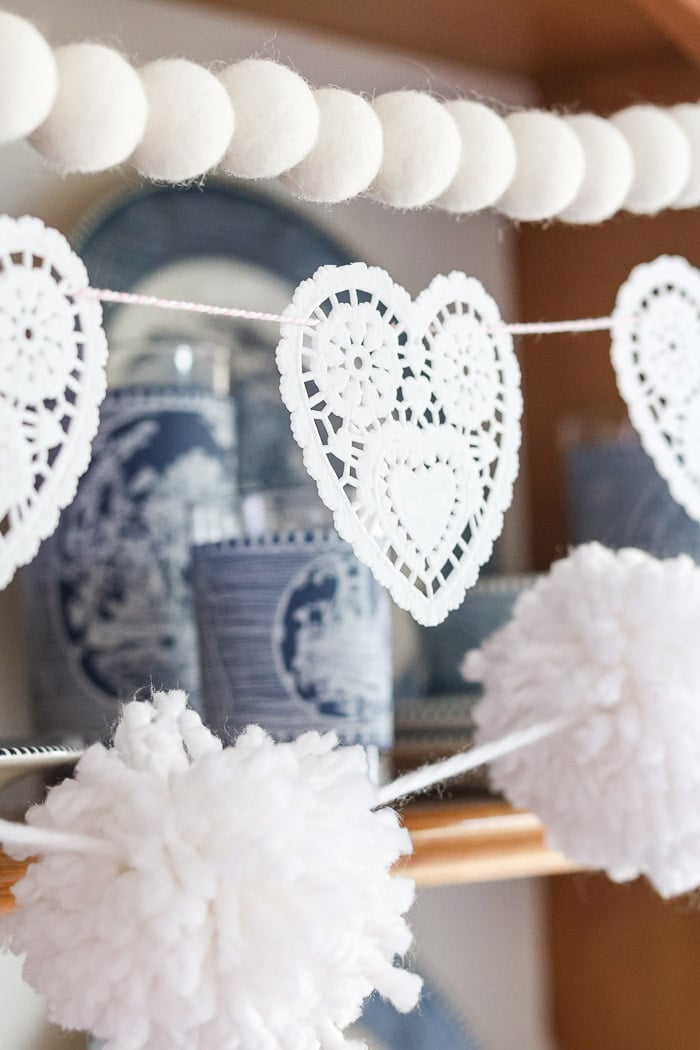 Valentine day doily heart garland in color white