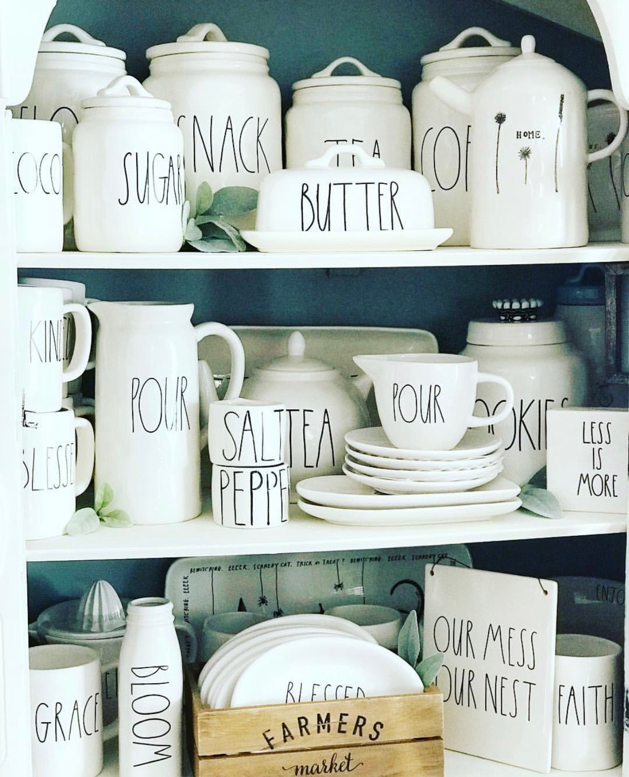 where to buy Rae Dunn pottery collection