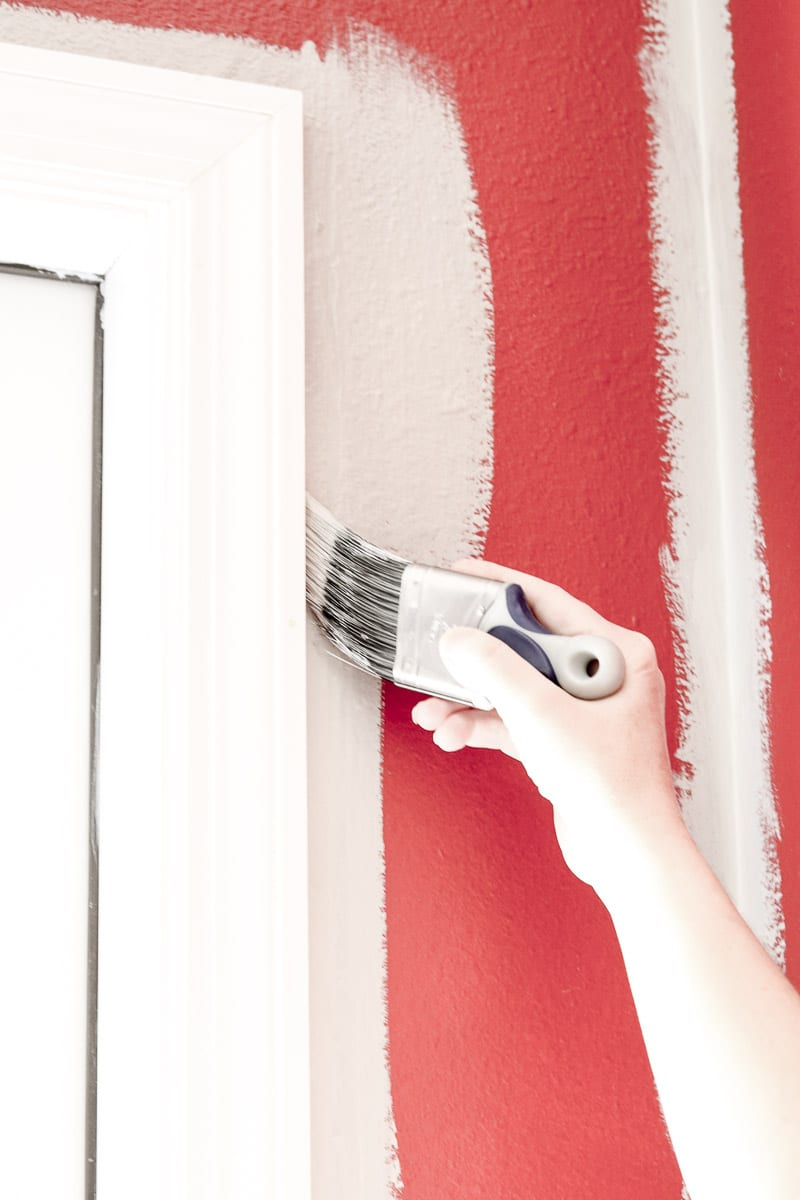 How to paint walls white by cutting in with primer first