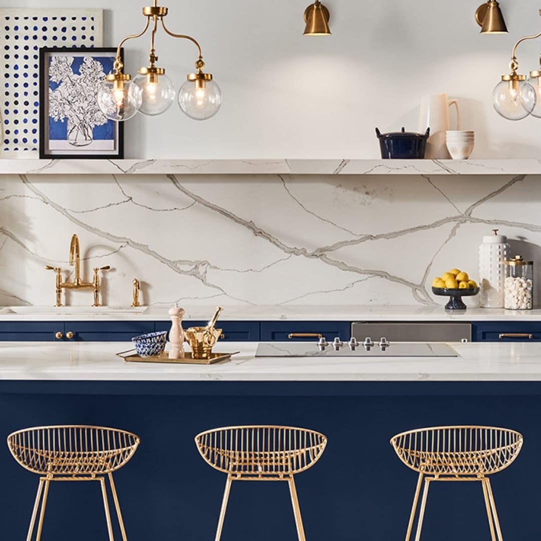 Sherwin Williams color of the year 2020 Naval SW 6244 painted on kitchen cabinets