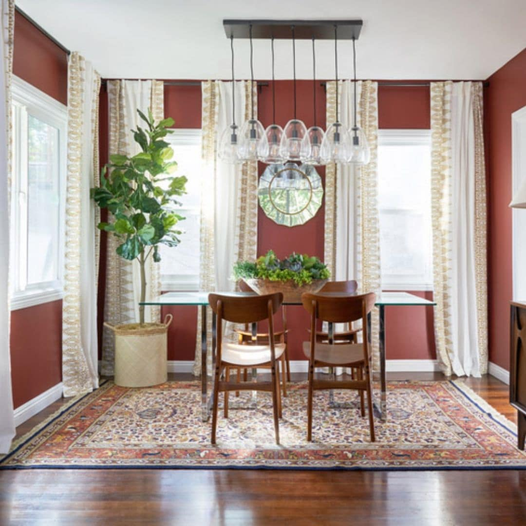 Dunn-Edwards color of the year 2019 Spice of Life painted on a dinning area wall