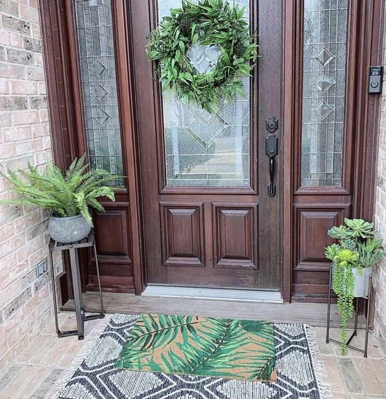 Front Porch Decorating Ideas by Chic Roots with fern greenery