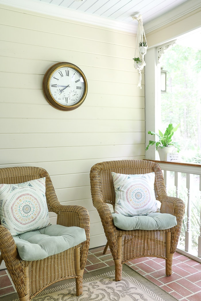 Showing one wall with screened in porch decorating ideas