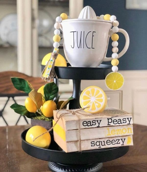 Lemon Décor by Stamped Sentiments with stamped books that read easy peasy lemon squeezy