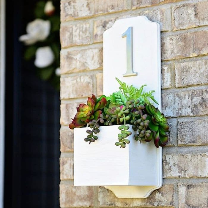Decorative House Numbers by Tidy Mom with a succulent address planter box