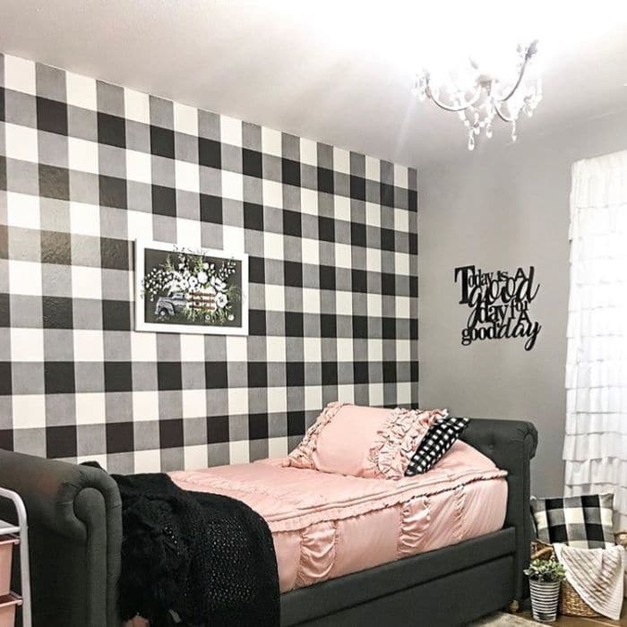 Farmhouse Style Wallpaper by Our Home on the Ridge with a black and white buffalo check wallpaper in a bedroom with pink accents