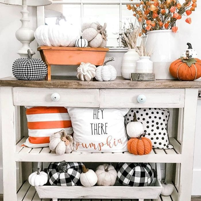 Fall Home Decor by Cav Cottage with fall pillows and pumpkins