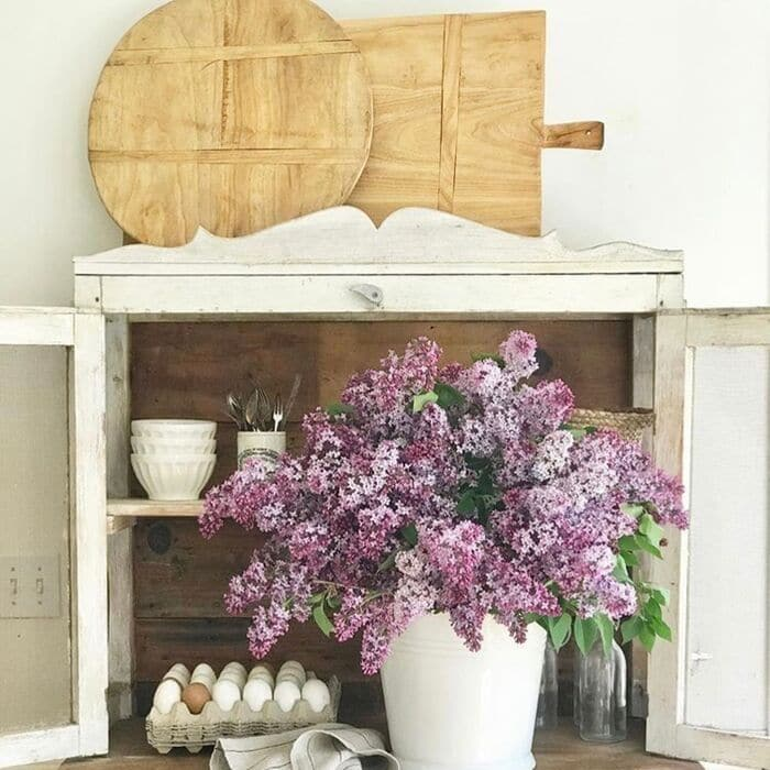 What is a Bread Board? Displaying bread boards on a hutch by Little Farmstead