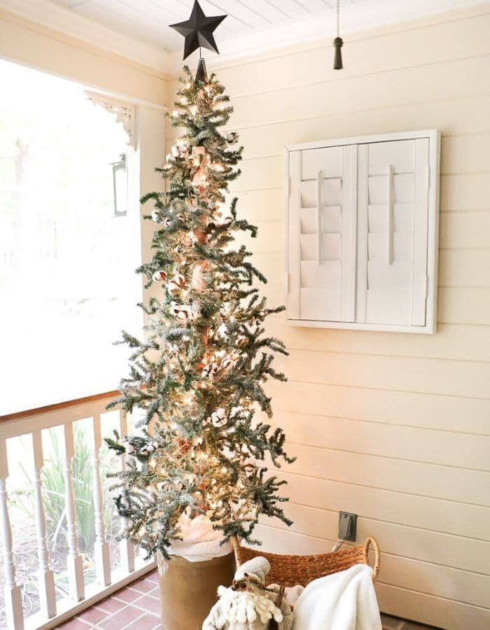 Christmas Tree Base Ideas with a Christmas Tree In A Crock