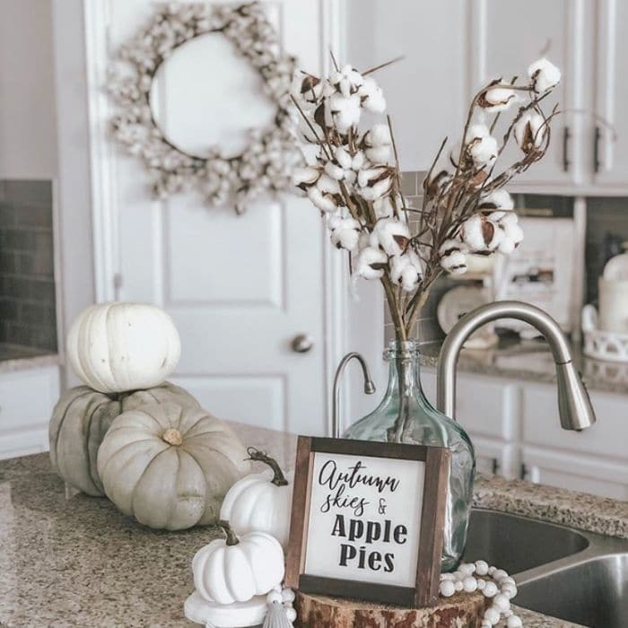 Decorating with Cotton by My Blessed Home with cotton stems incooperated in fall decor