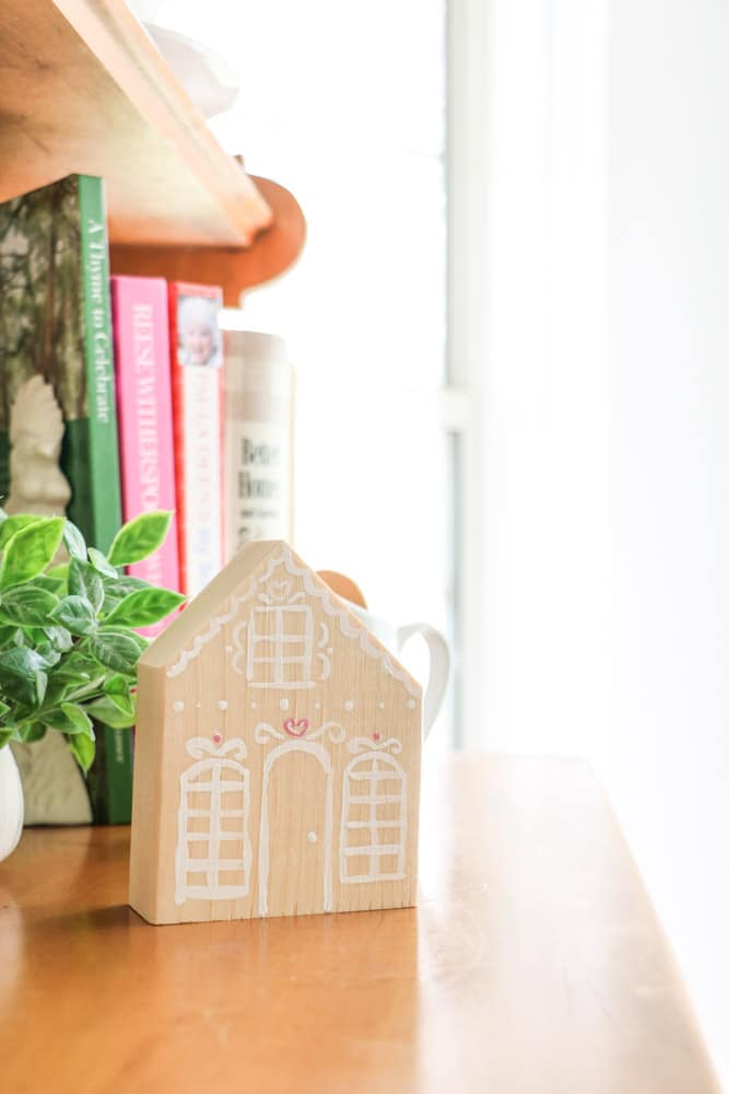 decorate for Valentine with wooden gingerbread houses.