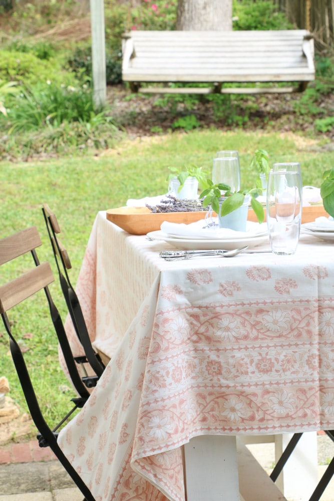 french country table setting idea