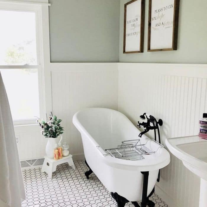 Sherwin Williams Alabaster Paint in a farmhouse bathroom by Keeping Up With The Jones Ranch