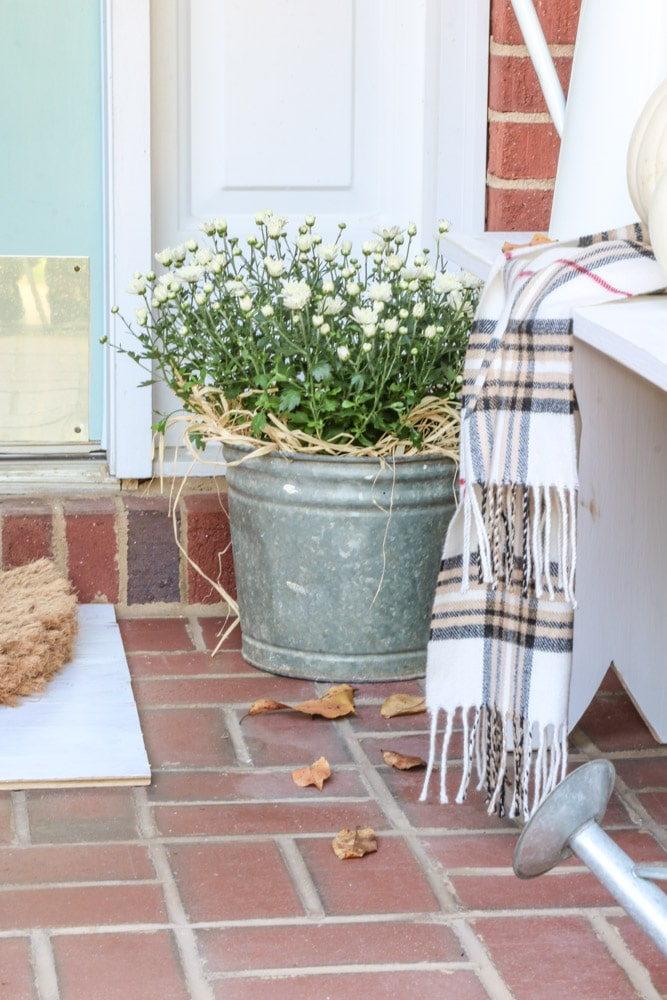 Cheap fall decorations for a front porch
