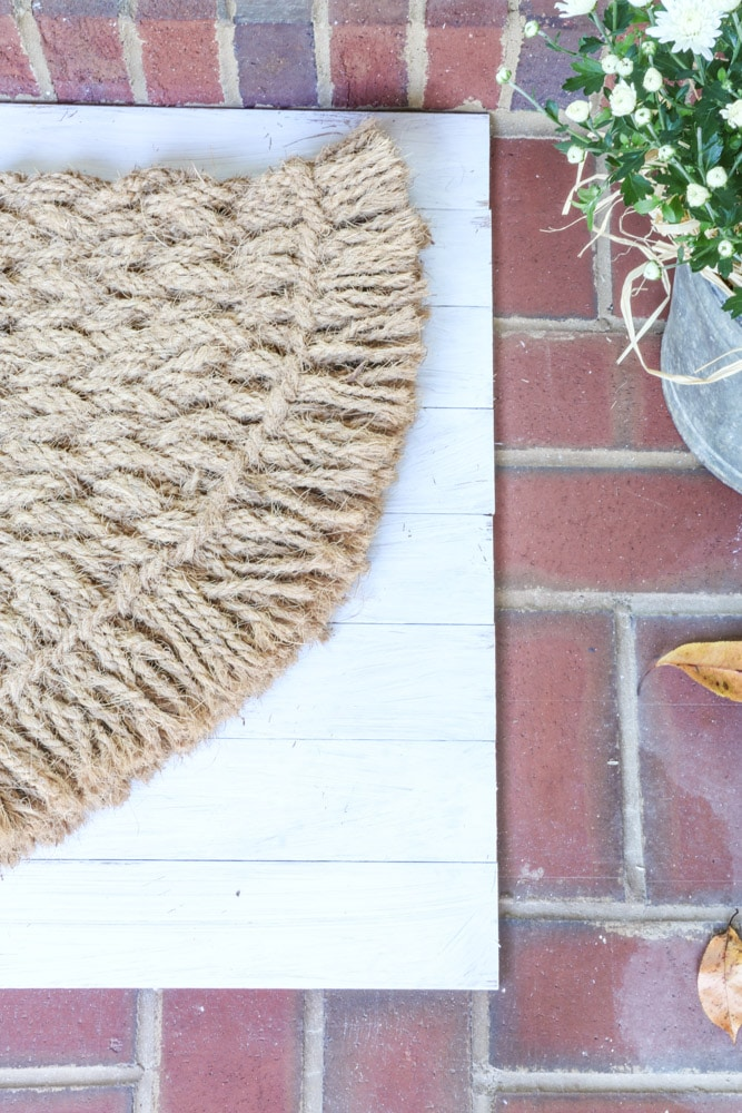 Front porch layered rug idea for autumn