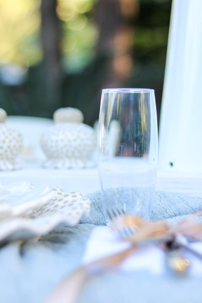 Stemless champagne flute for a fall Thanksgiving tablescape