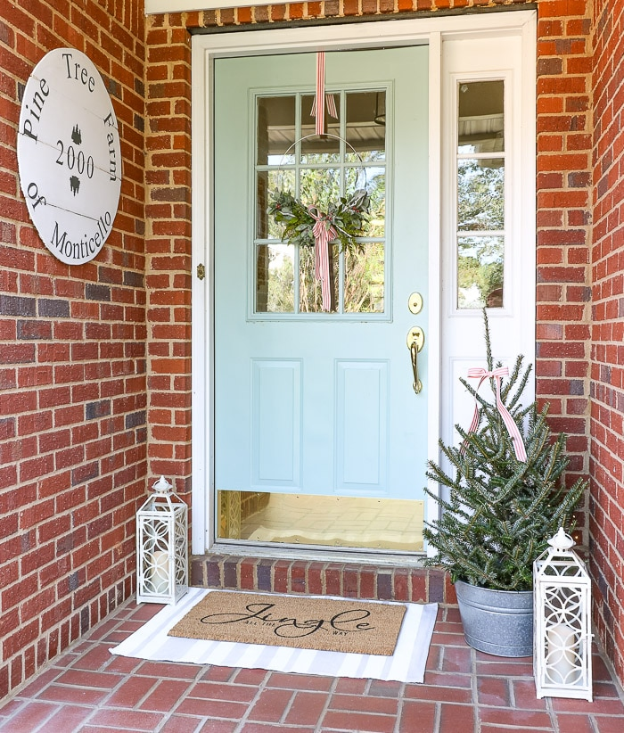 Front porch wreath idea for Christmas