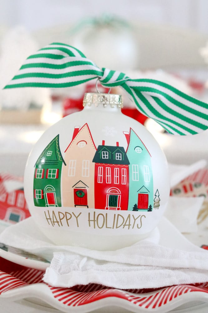 Practical gift ideas for busy moms like ornaments