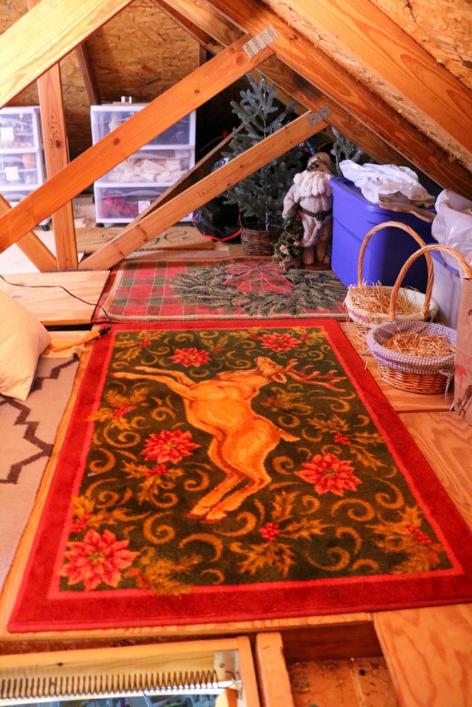Store Christmas rugs and mat on the floor of your attic